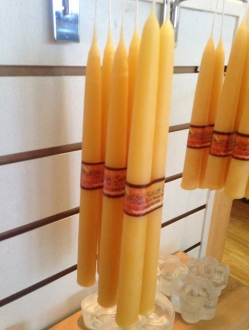 Beeswax 9″ tapers by the case – 32 units (T9)
